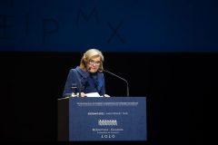 H Μαριάννα Β. Βαρδινογιάννη κατά τη διάρκεια της ομιλίας της