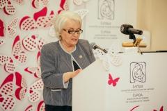 Η Μαρία Γιαννίρη κατά τη διάρκεια της ομιλίας της