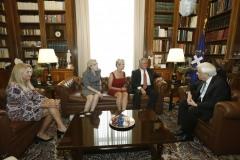 Kiki Kennedy, Μαριάννα Β. Βαρδινογιάννη, Kerry Kennedy, Ted Kennedy, Προκόπιος Παυλόπουλος